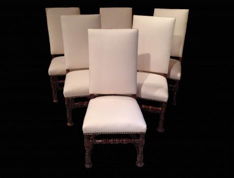 Six chaises L.XIII