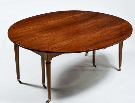 Table de Salle à Manger L.XVI