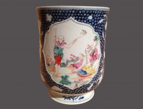 Chope en porcelaine de Chine XVIIIe